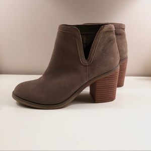 Urban Outfitters Olive Block Heel Bootie
